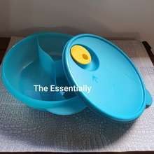 TupperwareBrands Round microwaveable lunch box